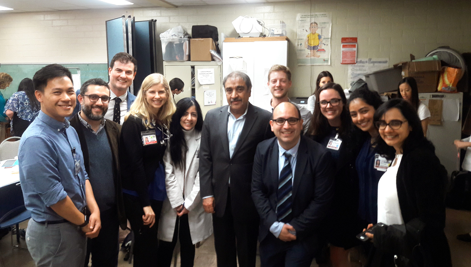 Chancellor Khosla visits Student-Run Free Clinic